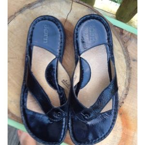 Black Born sandals size 6