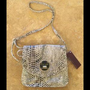 Elliott Lucca Handbags - 🎉HP🎉NIB Elliot lucca crossbody purse