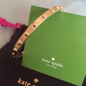 .:GOLD KATE SPADE BANGLE:.