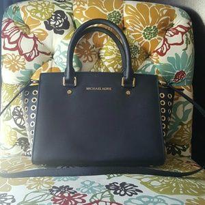 Michael Kors Selma Bag with gold rivets Medium