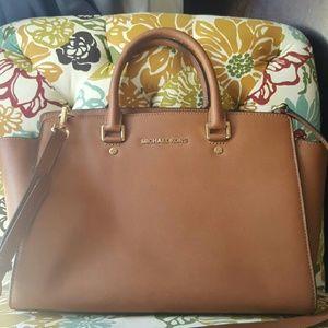 Michael Kors Leather Selma Bag Large