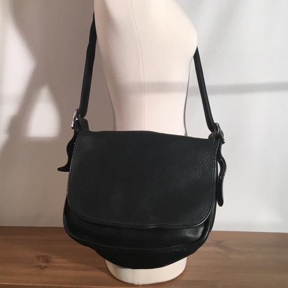 08d237922c Coach Handbags - Coach vintage Patricia s Legacy Messenger flap bag