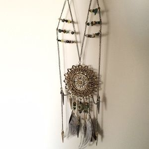 Topshop Jewelry - Topshop Skull Seal Feather Necklace