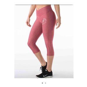 NWT Alphalete Athletics cropped legging