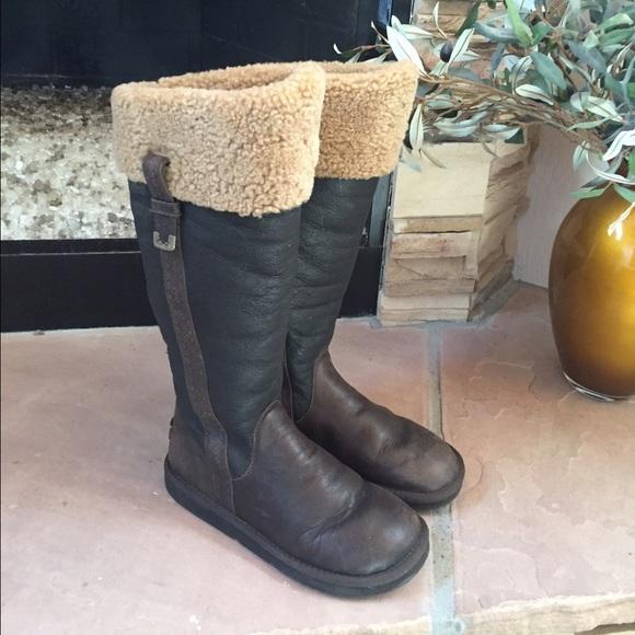 UGG Australia LOCARNO Brown Leather Boots • 8 👢. M 57e7abc5bcd4a7053b02fe7d 8ca23c51b17b