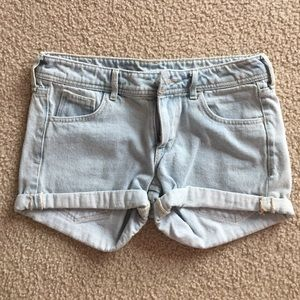 H&M Pants - A light wash pair of blue jean shorts.