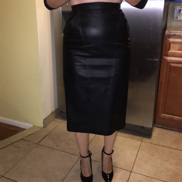 Black Leather Midi Skirt With Chiffon For Fashion Royalty Fr 16 And Similar Body Size Dolls