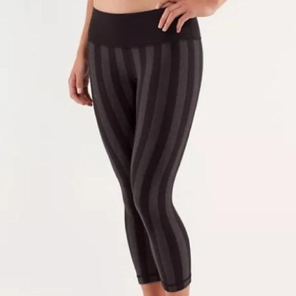 a33d15e695 lululemon athletica Pants - Lululemon Wunder Under Crop Black Stripe Size 6