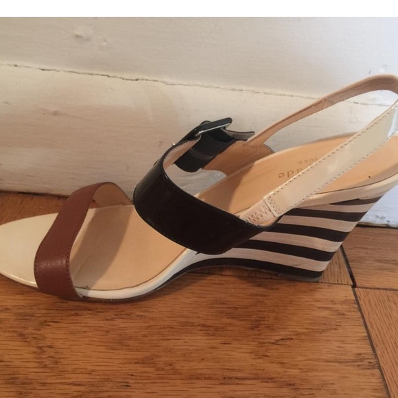Black And White Womens Wedges Sale: Save Up to 40% Off! Shop cheswick-stand.tk's huge selection of Black And White Wedges for Women - Over 30 styles available. FREE Shipping & Exchanges, and a % price guarantee!