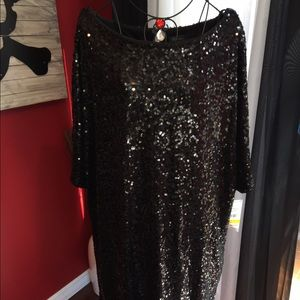 Dresses & Skirts - NWT Black sequin dress with slight scoop neck 24W
