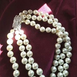 Camrose Amp Kross Jewelry Jackie O 3strand 18 Simulated