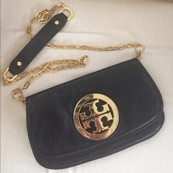 8a450d5bbe9e Tory Burch Black Leather Clutch Reva Gold Chain. M 57e80c1cf09282f67503a769
