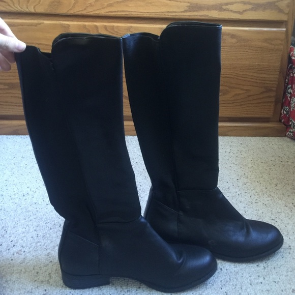 83bc1cc6dd0 Ugg Jillian Black Suede Riding Boots