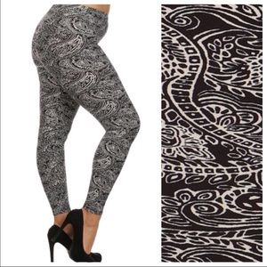 tla2 Pants - PLUS SIZE LEGGINGS!
