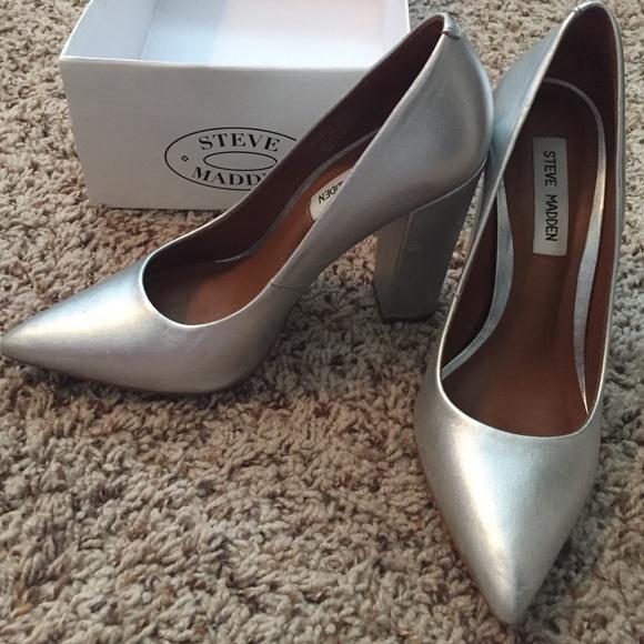 8cdd0a1d73b Steve Madden Primpy heels - silver