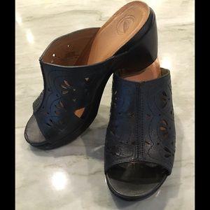 Nurture Shoes - Nurture Sandal