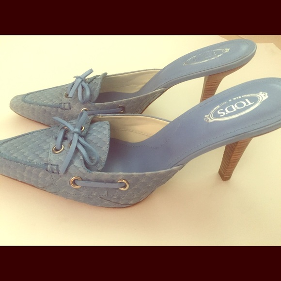 67% off Tod's Shoes - Tods blue kitten heels, size 11 from Mary's ...