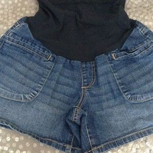 Oh Baby by Motherhood Pants - Maternity Jean shorts Size M