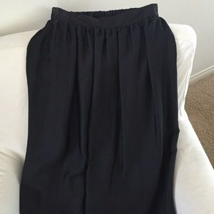 Mossimo - black label - maxi skirt