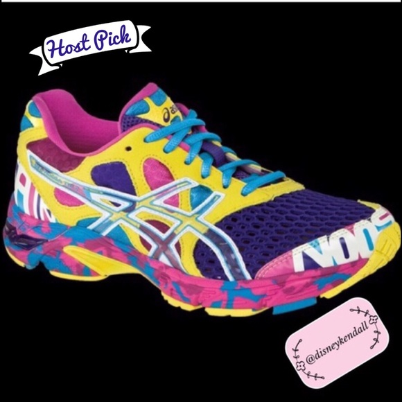 new product cb29a b93d4 Asics Shoes - 🎉🎉HP🎉🎉 Asics Gel Noosa Tri 7 Sneakers