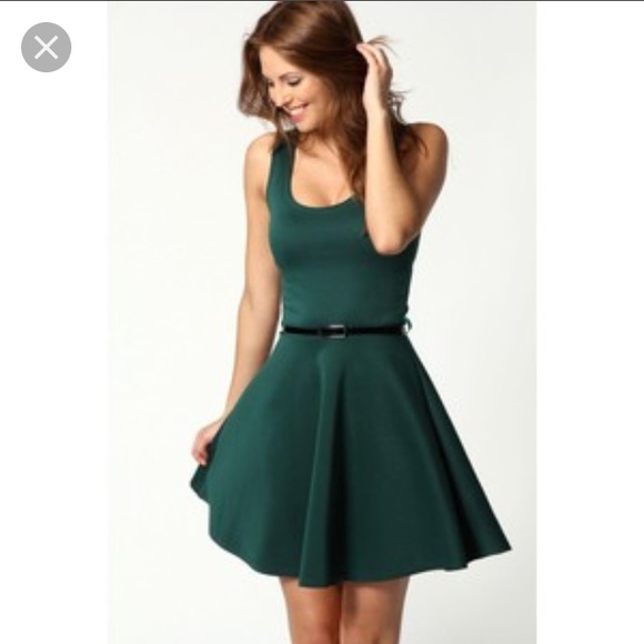 bd3963761e Boohoo Dresses   Skirts - Boohoo Emerald Green Skater Dress