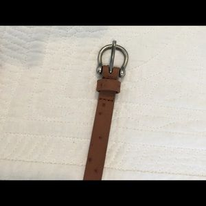 Accessories - Brown skinny belt