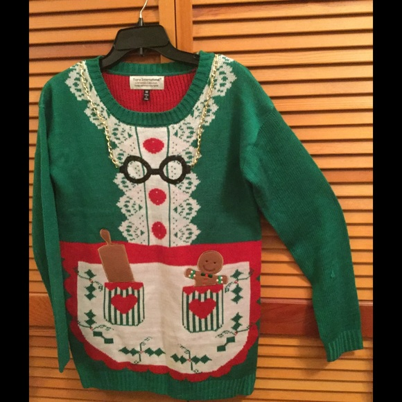 30ab84e331b Mrs. Claus Ugly Christmas sweater party tunic. M 57e8a3adc28456870b000915