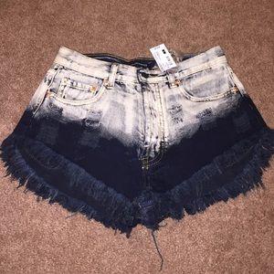 Black ombré shorts Sz small