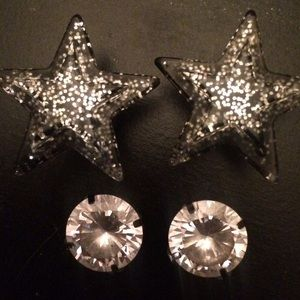 Hot Topic Jewelry - 2 Sets of Cute 00 Gauges👽⭐️💎 CYBER MONDAY SALE!