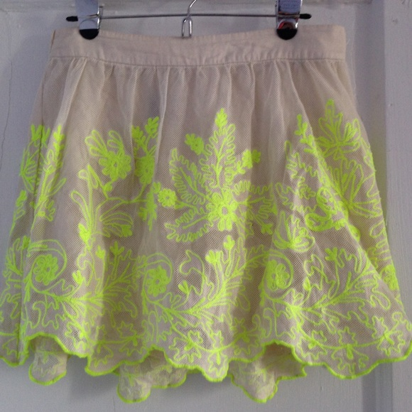 Anthropologie Dresses & Skirts - ✂️ NWOT Anthropologie Electric Vines Skirt
