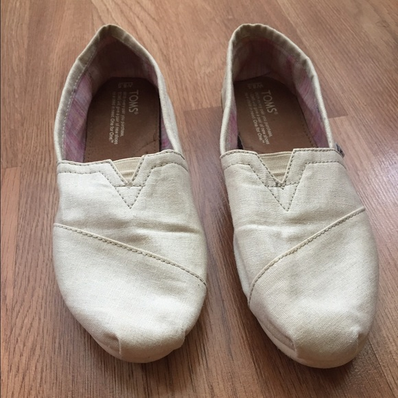 TOMS Shoes | Natural Canvas Womens