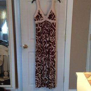 Ruby Dresses & Skirts - 🎀Maxi Dress Abstract Print Cream & Brown