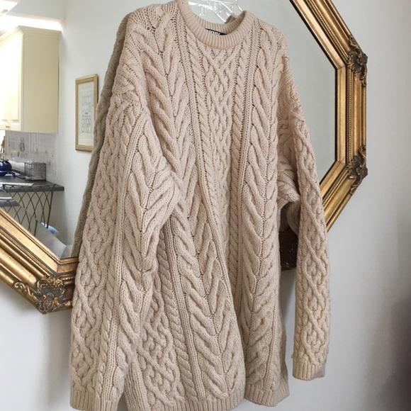 DKNY Sweaters - DKNY. Donna Karan New York. Wool Irish cable knit 06380bf82
