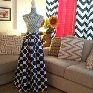 CHOISE Dresses & Skirts - Stunning high waisted formal skirt