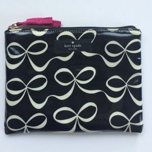 ✨NWOT Kate Spade Daycation Mini Pouch✨