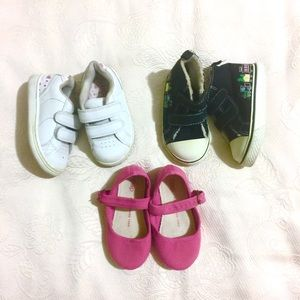 Other - Set of Baby Girl Shoes (size 6 Toddler)