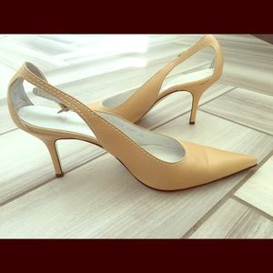 Dolce and Gabbana nude leather cutout pumps - EUC