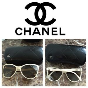 CHANEL Accessories - Authentic Chanel bow 🎀🕶 sunglasses