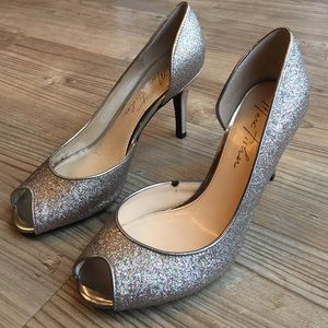 Marc Fisher Shoes - Final Sale💖Marc Fisher Glitter Heels