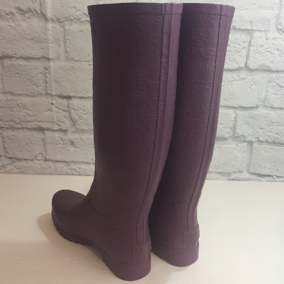 Uggs Purple Rain boots size 7