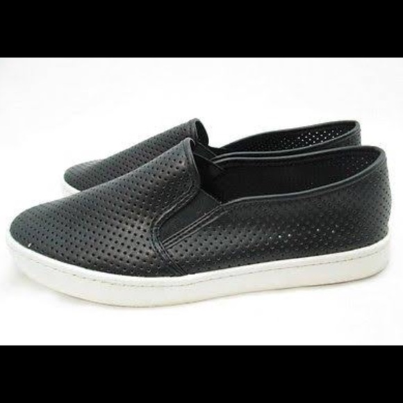 382a5fb0ec71c6 Black slip on sneakers. M 57e9ac1036d594361200317a