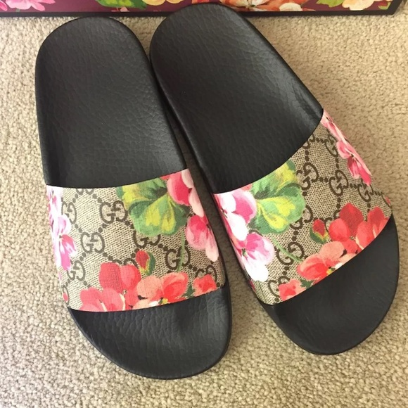 55bb7b2b702 Gucci Shoes - Gucci Floral Pursuit Slide Sandals