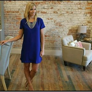 Boutique Dresses & Skirts - ✨HPx2✨ BOUTIQUE side zipper shift dress