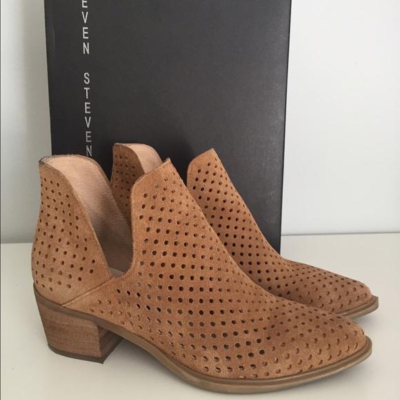 25c69a37616 Steven by Steve Madden Danese Brown Ankle Boots. M 57e9c0d4f0137d3e2d0018b2