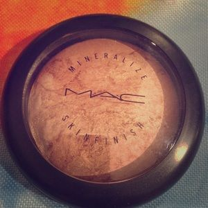 MAC Cosmetics Other - MAC Mineralize Skinfinish MSF in Cheeky Bronze