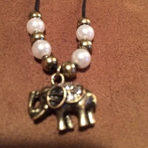 Jewelry - A cute little girls elephant charm necklace