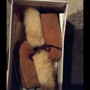 Infant Minnetonka boots