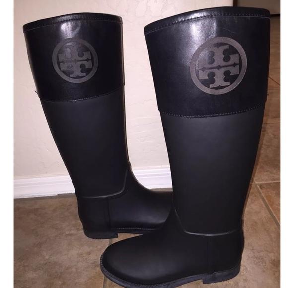 c046f725a0a9 Tory Burch Classic Rubber Rain Boot Wellies sz 6. M_57e9cdbdf739bc8347003e7a