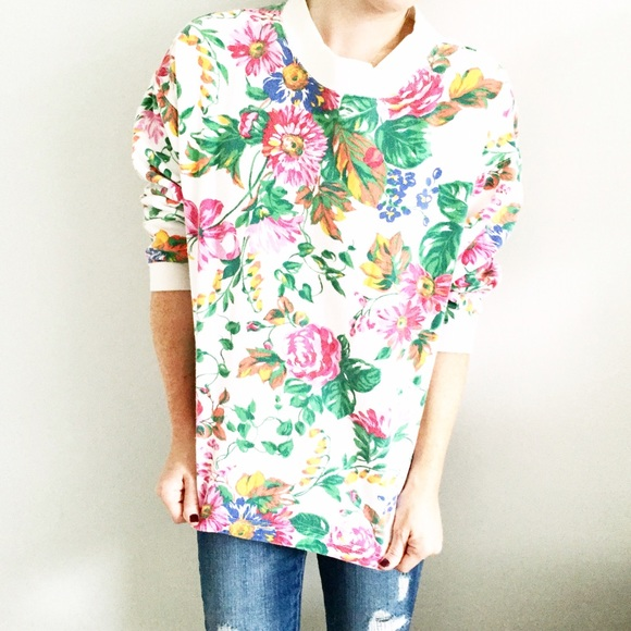 Vintage - vintage floral crewneck sweatshirt from Kait's closet on ...