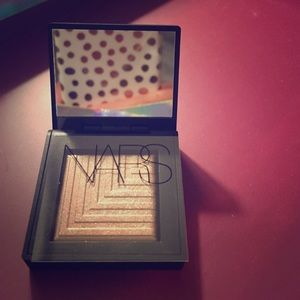 NARS Other - Himalia eyeshadow.
